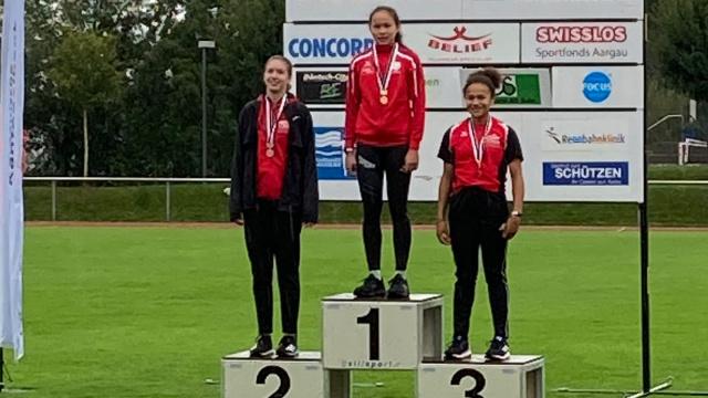 Raina Gloor gewann bei den U14 über 60m Hürden